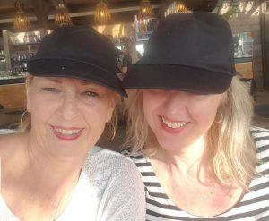 Selfie van 2 leden van popkoor lef